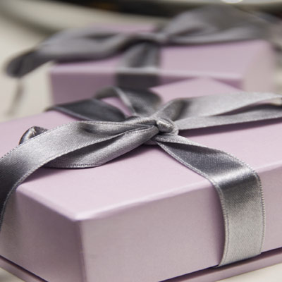 Wedding List Etiquette on Pink Gift Box 4001233065755 474 1